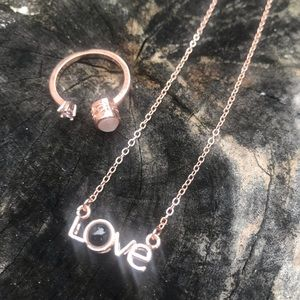 Jewelry - Valentine's Day projection necklace and ring